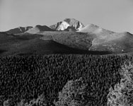 photo of longs peak in rocky mountain national park in colorado